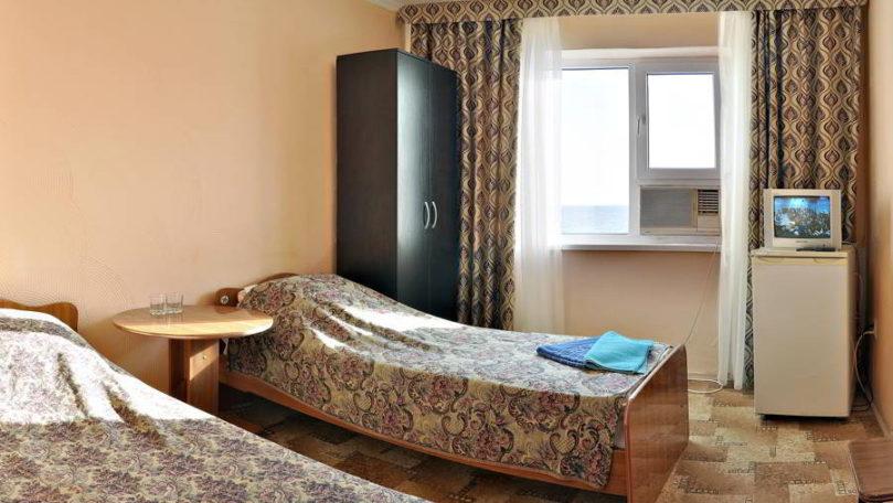 Двухместный номер в Новомихайловке — Отель «Торнадо»
